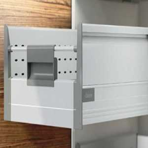 کشو مخفی بلند پلاس بلوم با دیواره فلزی (Boxside D)